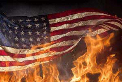 روح آمریکا برای همیشه از بین رفته است/ شیطان بخش بزرگی از آمریکا را تسخیر کرده است