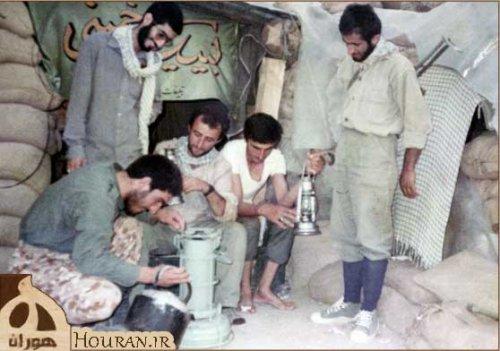 شهید صادق مکتبی  کتری ت وی دستش